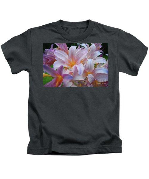 Lily Lavender Closeup Kids T-Shirt