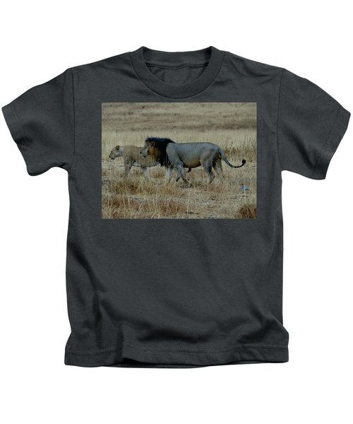 Lion And Pregnant Lioness Walking Kids T-Shirt