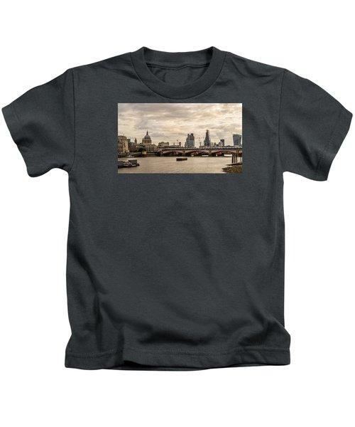 London Cityscape Kids T-Shirt