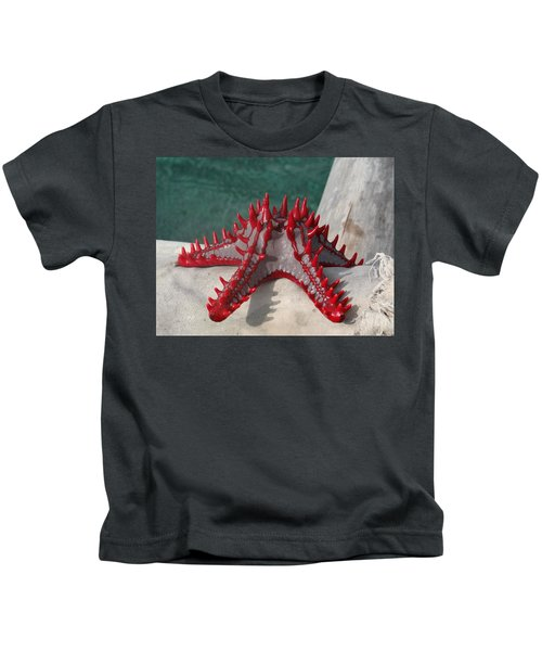 Lone Red Starfish On A Wooden Dhow 3 Kids T-Shirt