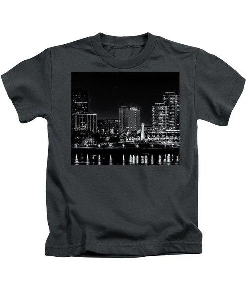 Long Beaach A Chip In Time Kids T-Shirt