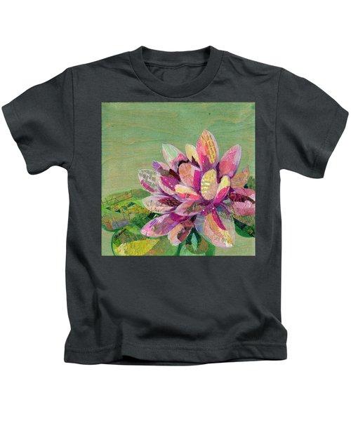 Lotus Series II - 5 Kids T-Shirt
