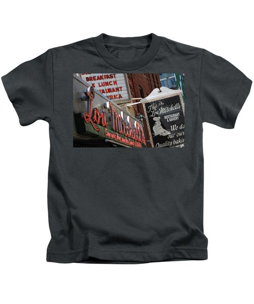 Lou Mitchells Restaurant And Bakery Chicago Kids T-Shirt