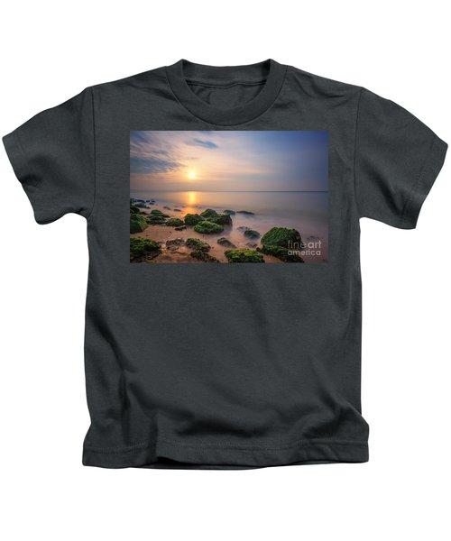 Low Tide Sunset  Kids T-Shirt