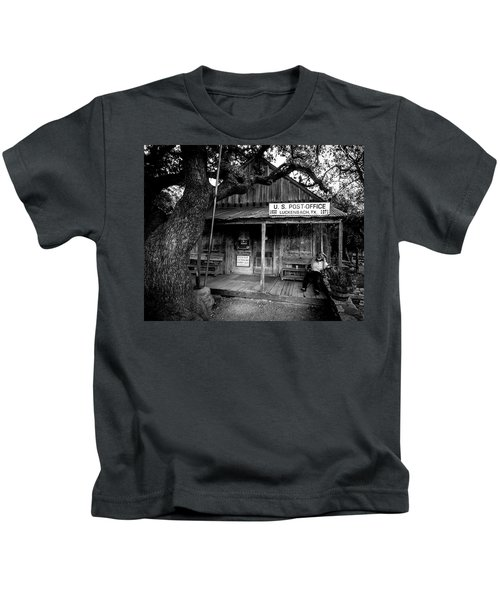 Luckenbach Texas Kids T-Shirt