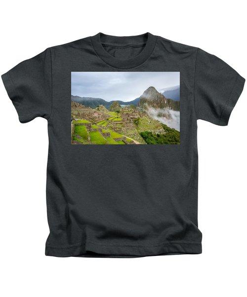 Machu Picchu. Kids T-Shirt