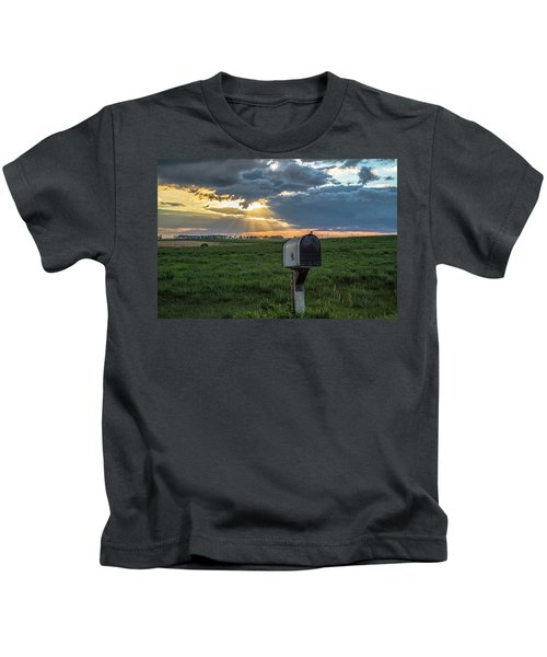 Mail Box In North Dakota  Kids T-Shirt