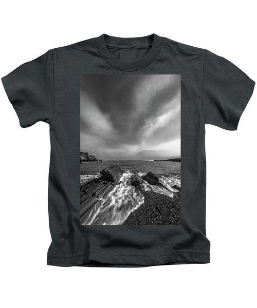 Maine Storm Clouds And Crashing Waves On Rocky Coast Kids T-Shirt