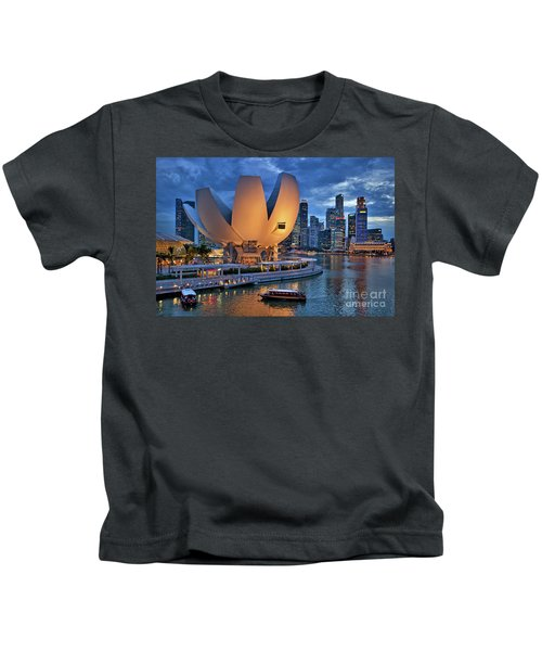 Kids T-Shirt featuring the photograph Marina Bay Sands Resort With The Singapore Skyline by Sam Antonio Photography