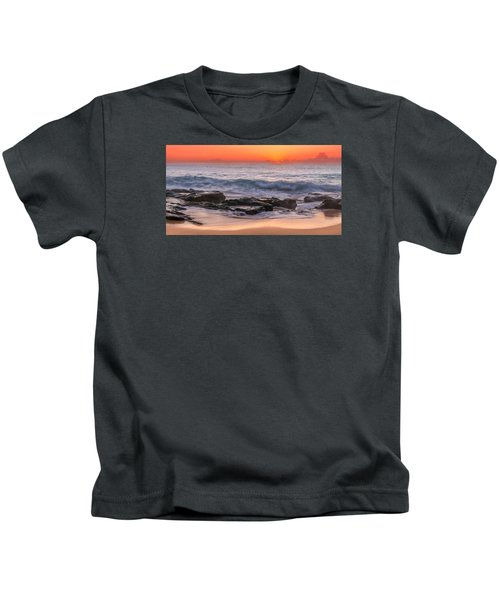 Middle Beach Sunrise Kids T-Shirt