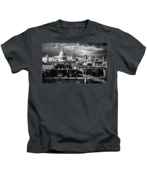 Milennium Bridge And St. Pauls, London Kids T-Shirt