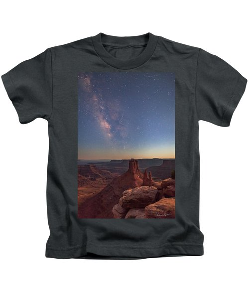 Milky Way At Twilight - Marlboro Point Kids T-Shirt