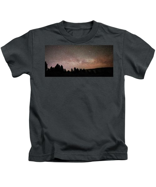 Milky Way Over Mammoth Hot Springs With Pink Glow From Aurora Borealis Kids T-Shirt