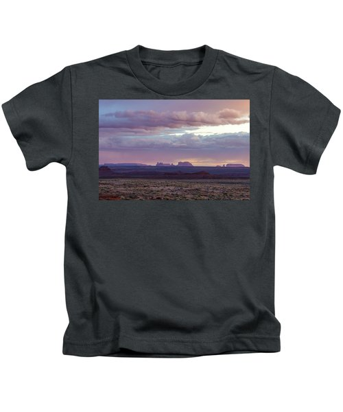 Monument Valley Kids T-Shirt