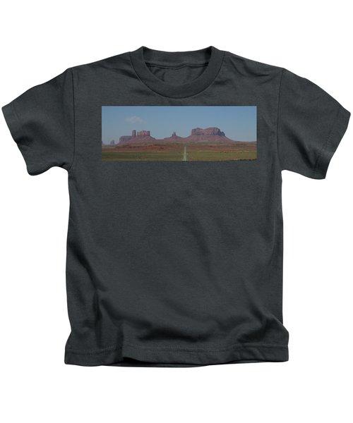 Monument Valley Navajo Tribal Park Kids T-Shirt