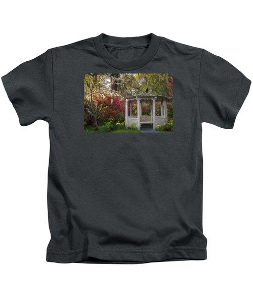 Morning Glow At The Plantations Kids T-Shirt