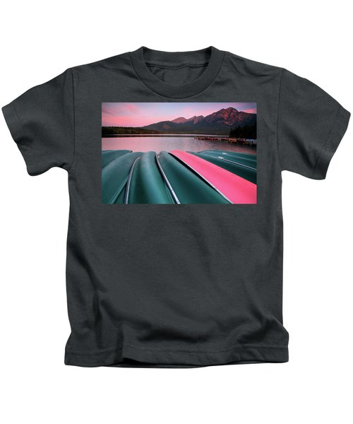 Morning View Of Pyramid Lake In Jasper National Park Kids T-Shirt