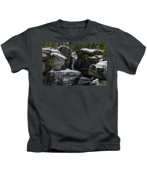 Nairn Falls, Winter Kids T-Shirt