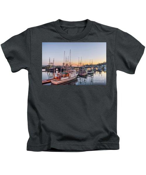 Newport Harbor At Dusk Kids T-Shirt