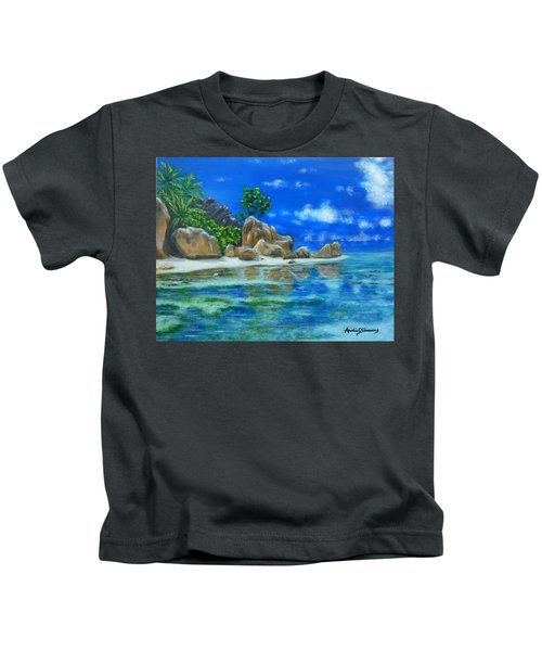Nina's Beach Kids T-Shirt
