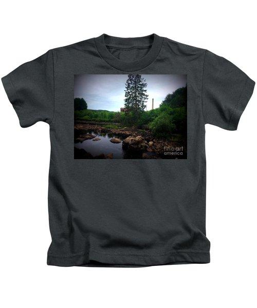 Nissan River Rapids 3 Kids T-Shirt