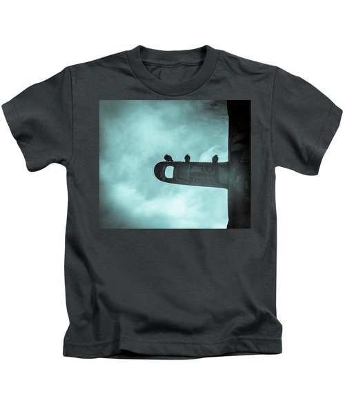Ominously Seatlle  Kids T-Shirt