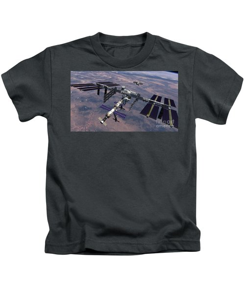 Orion Approaching Iss Kids T-Shirt