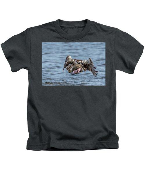 Osprey With Catch 9108 Kids T-Shirt