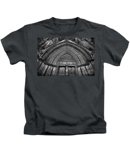 Pacis Exsisto Vobis Kids T-Shirt by Yhun Suarez