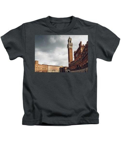 Palazzo Pubblico, Siena, Tuscany, Italy Kids T-Shirt