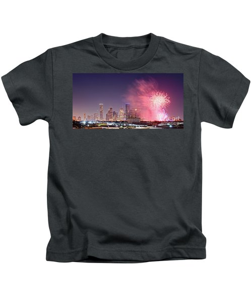 Panorama Of Downtown Houston Skyline Fireworks On The 4th Of July - Harris County Texas Kids T-Shirt