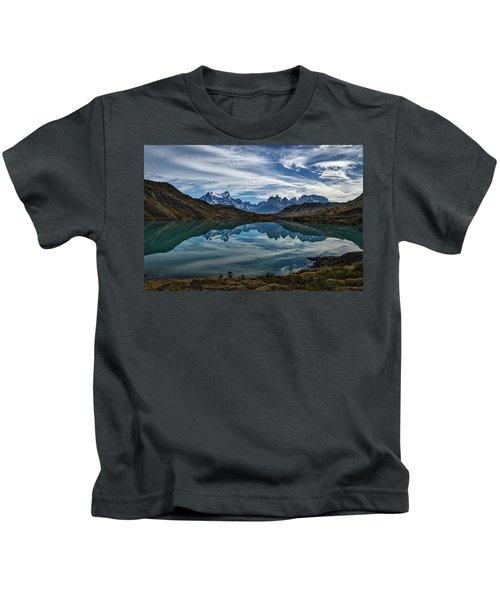 Patagonia Lake Reflection - Chile Kids T-Shirt