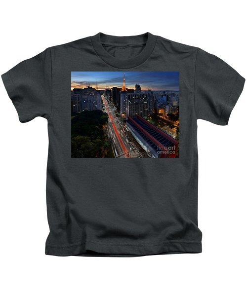 Paulista Avenue And Masp At Dusk - Sao Paulo - Brazil Kids T-Shirt