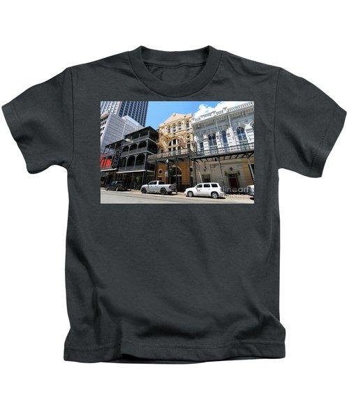 Pearl Oyster Bar Kids T-Shirt
