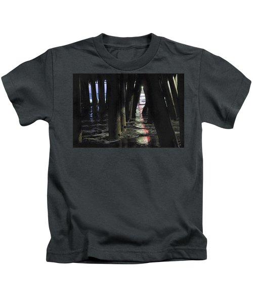 Peeking Kids T-Shirt