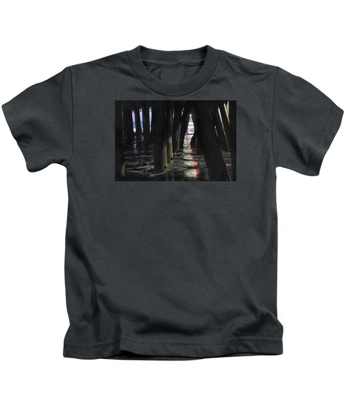Peeking Kids T-Shirt
