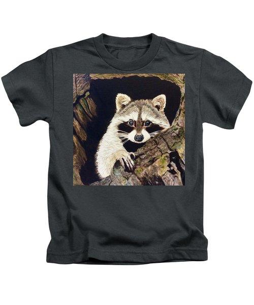 Peeking Out Kids T-Shirt