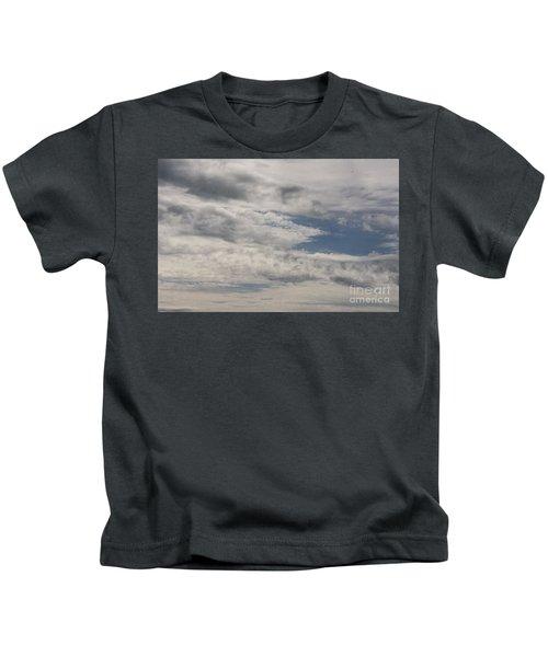 Peeking Sky Kids T-Shirt