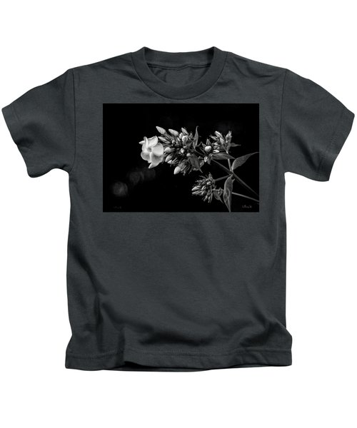 Phlox In Black And White Kids T-Shirt