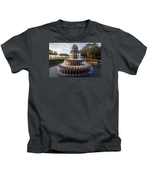 Pineapple Fountain Charleston Sunrise Kids T-Shirt