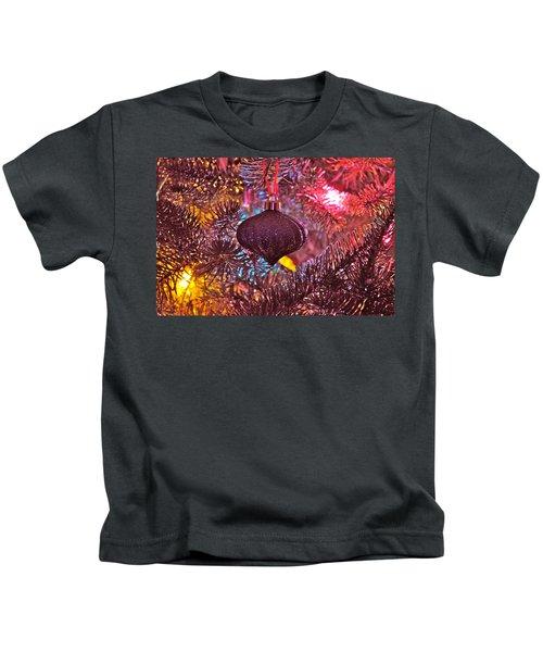 Pink Essence  Kids T-Shirt