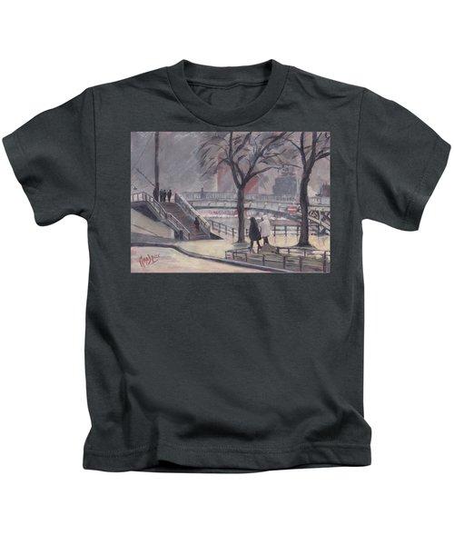 Pluie Sur Le Pont Passarelle Liege Kids T-Shirt