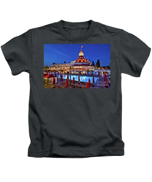 Poolside At The Hotel Del Coronado  Kids T-Shirt