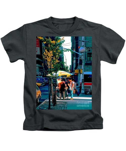 Hot Dog Stand Nyc Late Afternoon Ik Kids T-Shirt