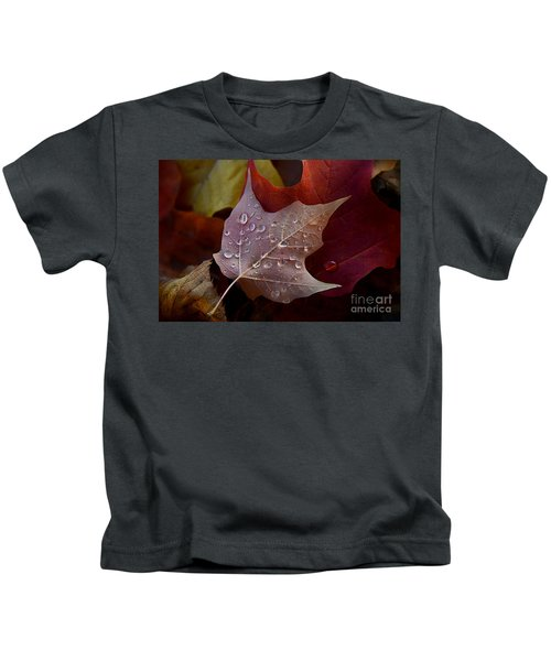 Rain Droplets On Leaf Kids T-Shirt