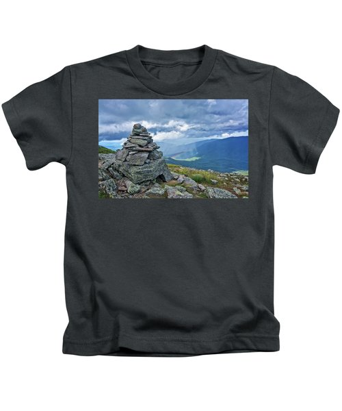 Rainbow In The Mist Nh Kids T-Shirt