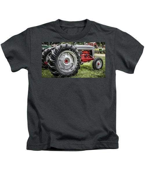 Red And White Ford Model 600 Tractor Kids T-Shirt