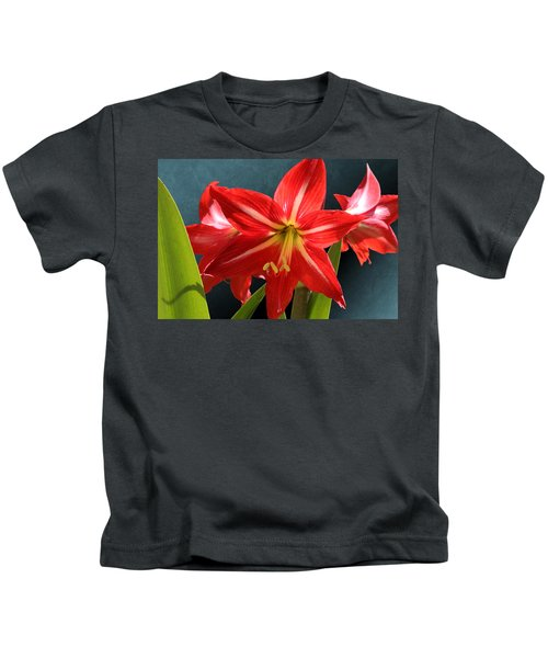 Red Lily Flower Trio Kids T-Shirt