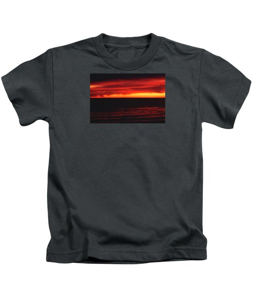 Red Sky At Night Kids T-Shirt