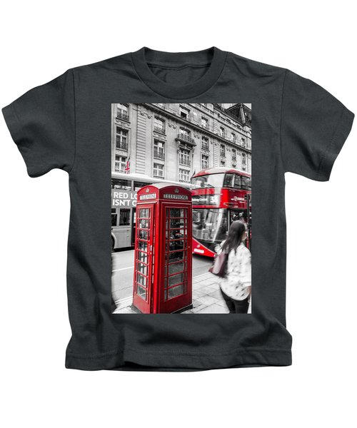 Red Telephone Box With Red Bus In London Kids T-Shirt
